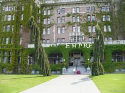 Entrance of the The Empress Hotel in Victoria.jpg