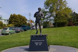 Terry Fox statue at Mile 0 Park in Victoria Canada.jpg